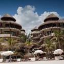 El Taj Oceanfront Condo Hotel